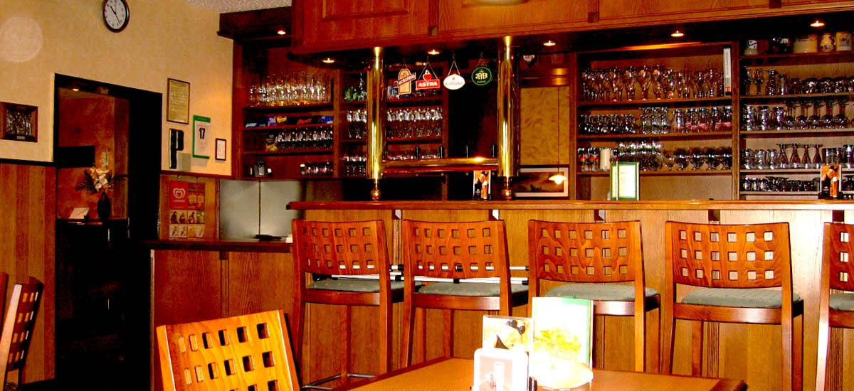 Restaurant und warme Küche bis 22:00 Uhr